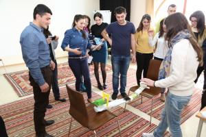 youthparticipationtraining_kasa_mar16_teambuildingexercise_bridgetesting